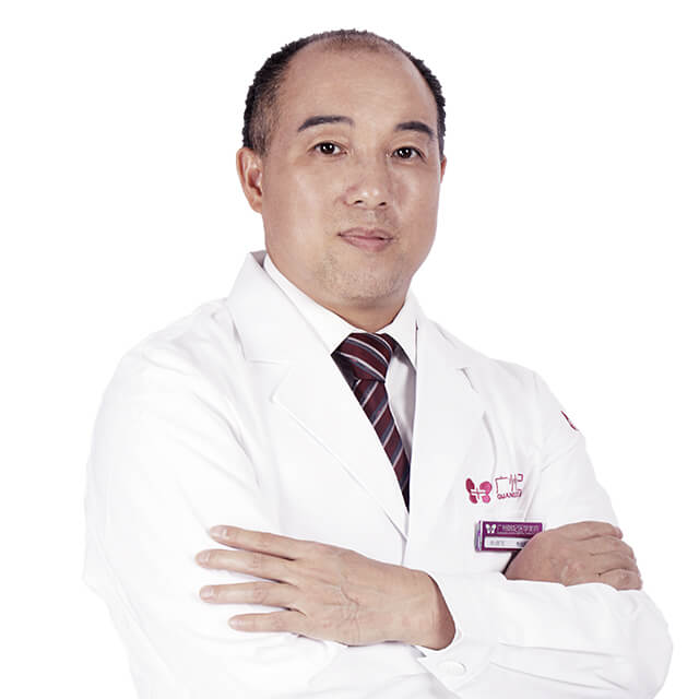 Director Yang Defa, Liposuction, Rhinoplasty, breast augmentation surgeries