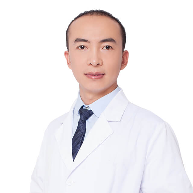 Cosmetic plastic surgeon, Yu Hongrui, good at  liposuction, nose job,eyelids surgeries